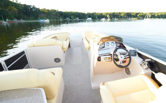 2012 Crest 230 Savannah in Round Lake, Illinois