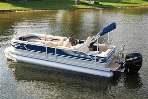 2012 Crest 250 Caribbean in Manitou Beach, Michigan
