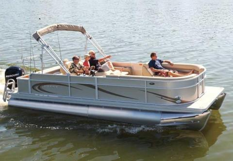 2012 Crest II 230C4 in Manitou Beach, Michigan