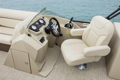2017 Crest II 230 SLC in Round Lake, Illinois