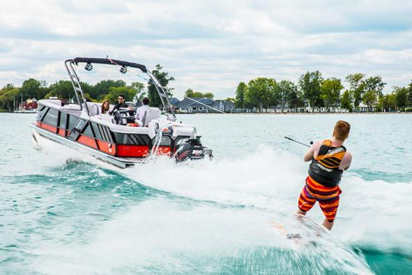 2019 Crest Caliber 250 SLRC in Albert Lea, Minnesota