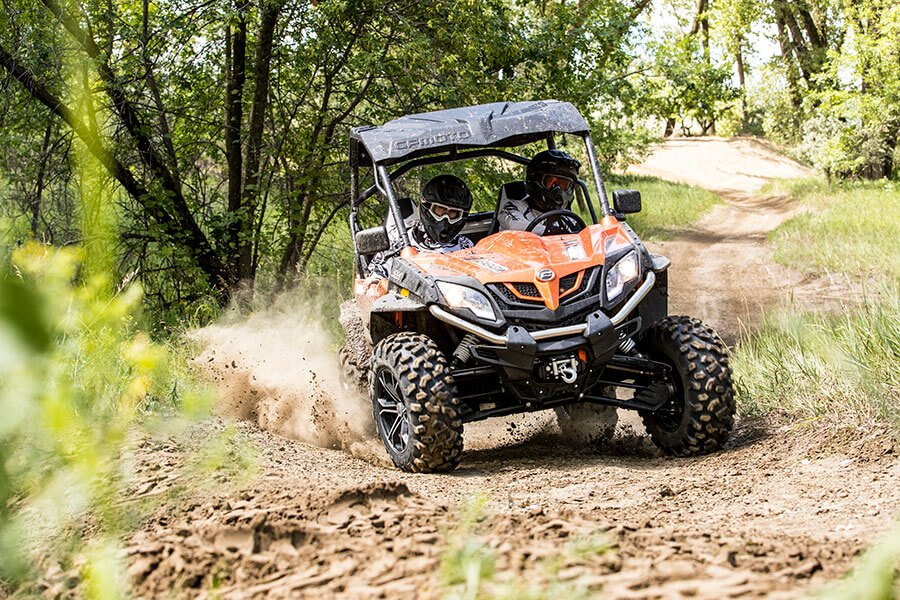 2018 CFMOTO ZForce 1000 in Francis Creek, Wisconsin