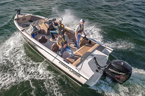 2017 Crestliner 2150 Sportfish Outboard in Spearfish, South Dakota