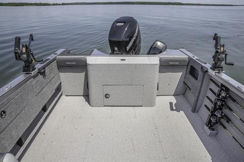 2017 Crestliner 2250 Authority in Spearfish, South Dakota