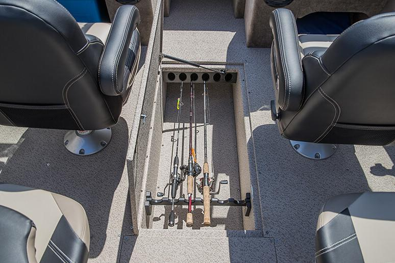 2018 Crestliner 2150 Sportfish SST in Spearfish, South Dakota