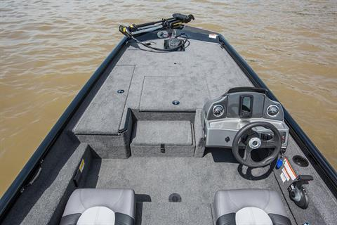 2018 Crestliner VT 18 in Amory, Mississippi - Photo 4