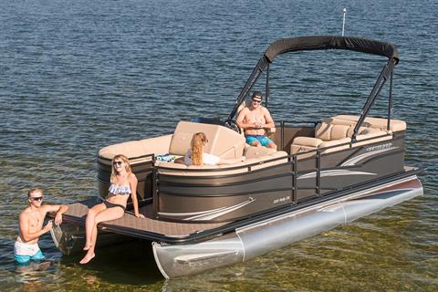 2018 Crestliner 240 Rally CW in Kaukauna, Wisconsin