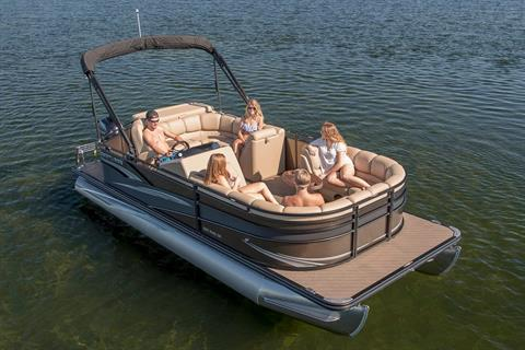 2018 Crestliner 240 Rally DX CS in Kaukauna, Wisconsin
