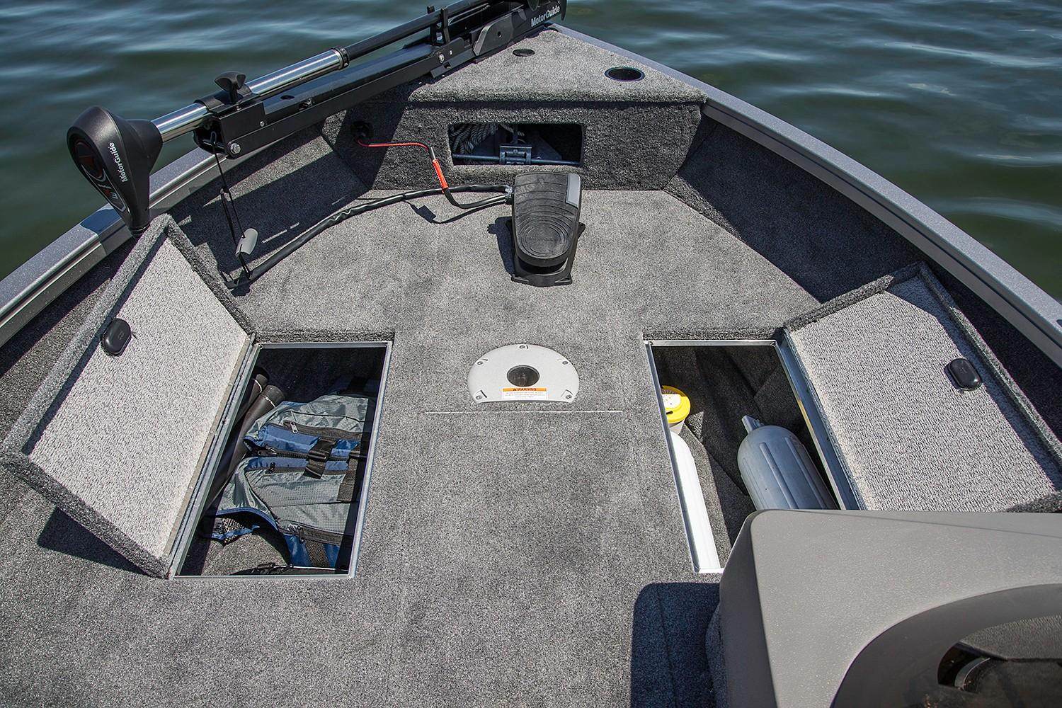 2019 Crestliner 1650 FISH HAWK SE SC in Saint Peters, Missouri
