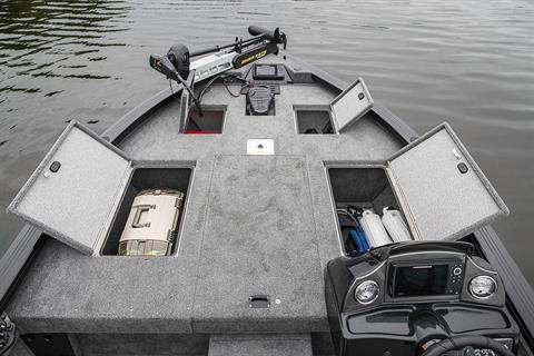 2019 Crestliner 1750 Bass Hawk in Saint Peters, Missouri - Photo 8