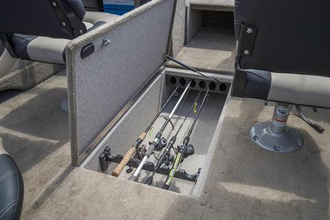 2019 Crestliner 1750 Super Hawk in Saint Peters, Missouri - Photo 11