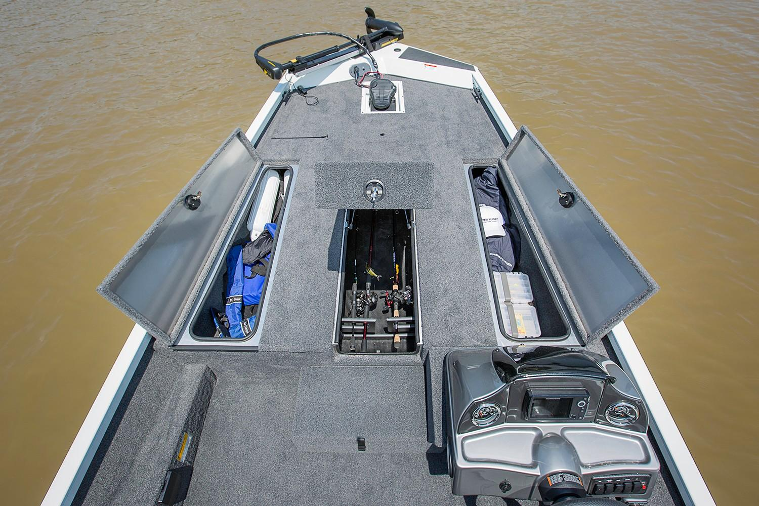2019 Crestliner VT 18 in Saint Peters, Missouri - Photo 4