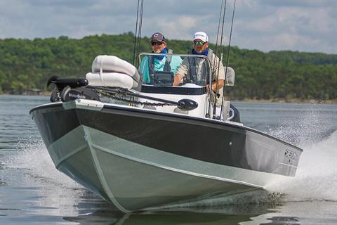 2019 Crestliner 2200 Bay in Saint Peters, Missouri