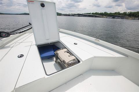 2019 Crestliner 2200 Bay in Kaukauna, Wisconsin - Photo 6