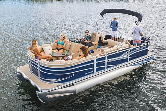 2019 Crestliner 220 Rally DX in Saint Peters, Missouri