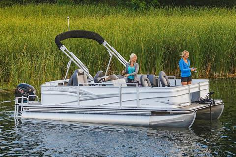 2019 Crestliner 220 Rally FS in Amory, Mississippi