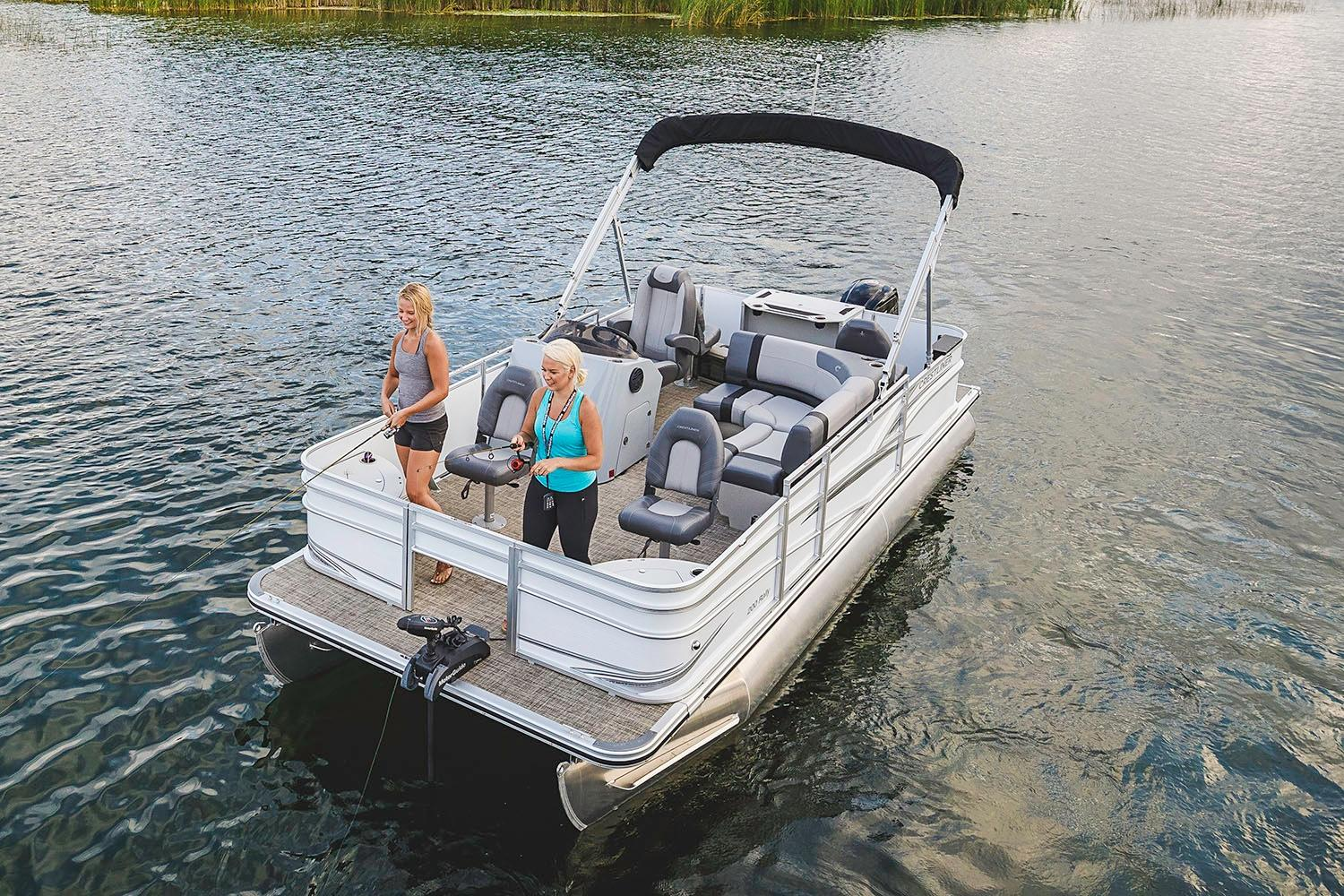 2019 Crestliner 220 Rally FS in Spearfish, South Dakota