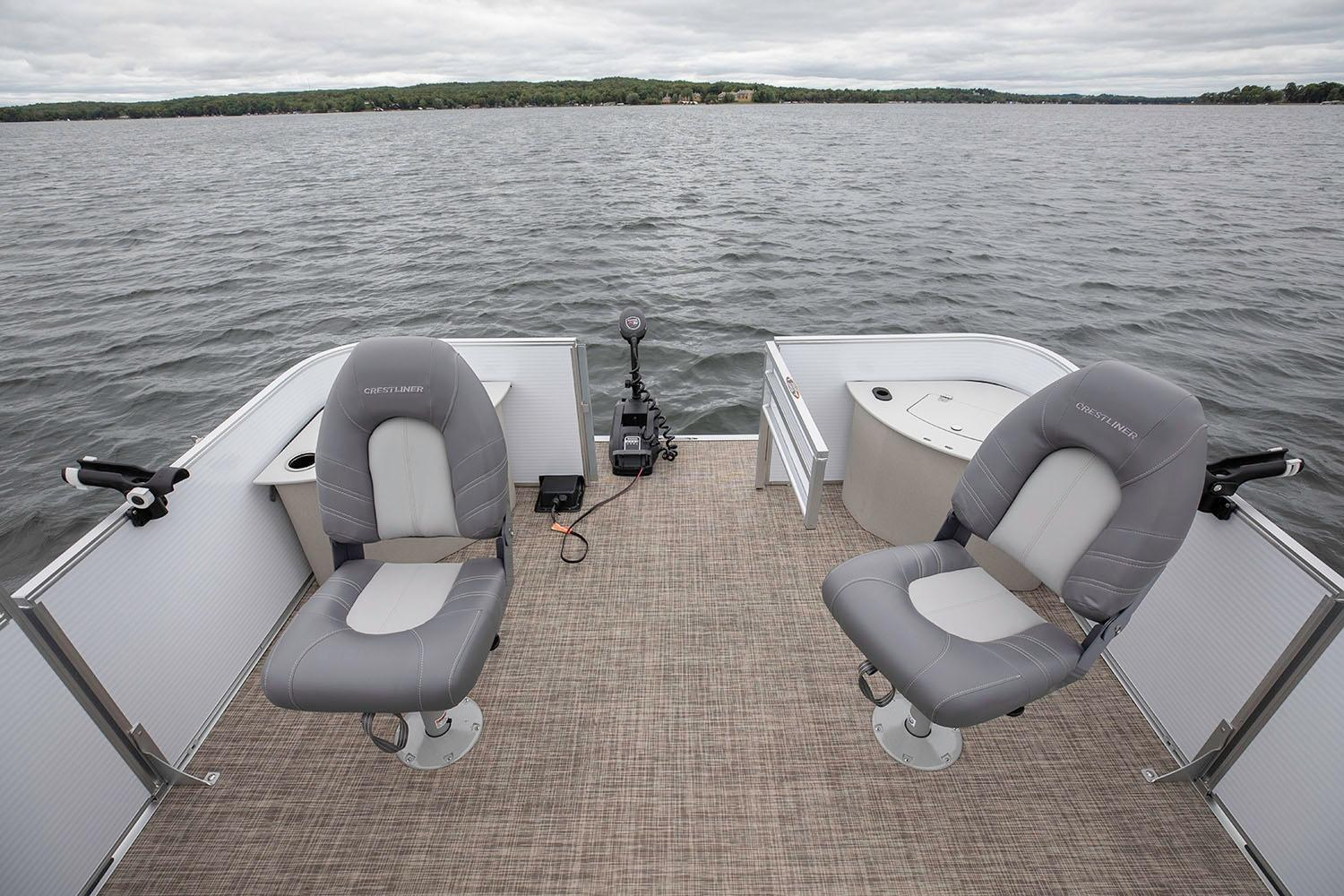 2019 Crestliner 220 Rally FS in Saint Peters, Missouri - Photo 4