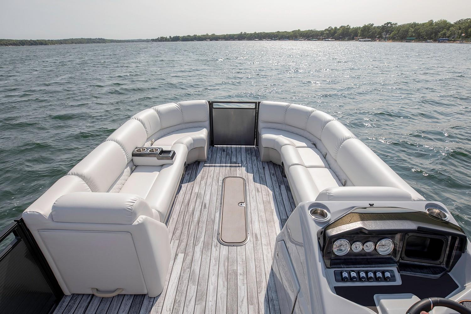 2019 Crestliner 240 Rally DX CS in Kaukauna, Wisconsin - Photo 3
