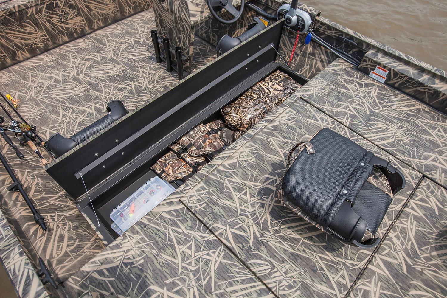 2019 Crestliner 1860 Retriever SC in Cable, Wisconsin