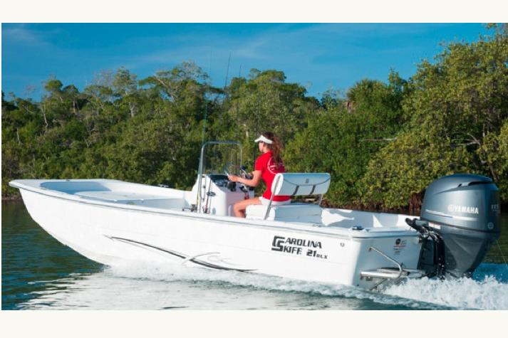 2015 Carolina Skiff 2590 DLX EW in Stuart, Florida