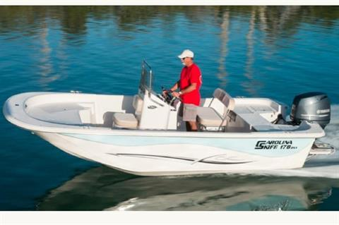 2016 Carolina Skiff 198 DLV in Oceanside, New York
