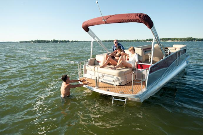 2012 Cypress Cay SLE 230 Cayman in Manitou Beach, Michigan