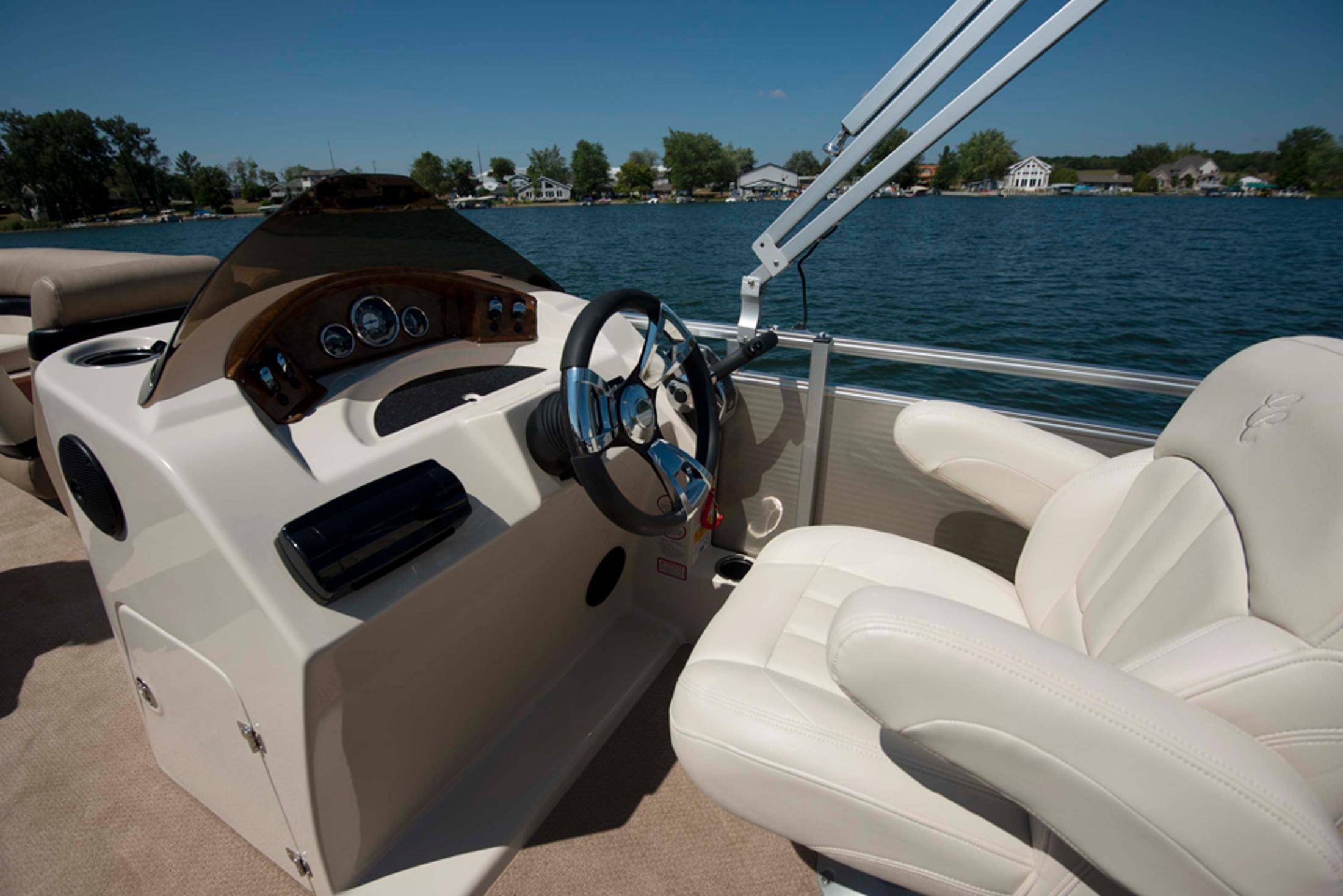 2013 Cypress Cay Seabreeze 250 in Manitou Beach, Michigan