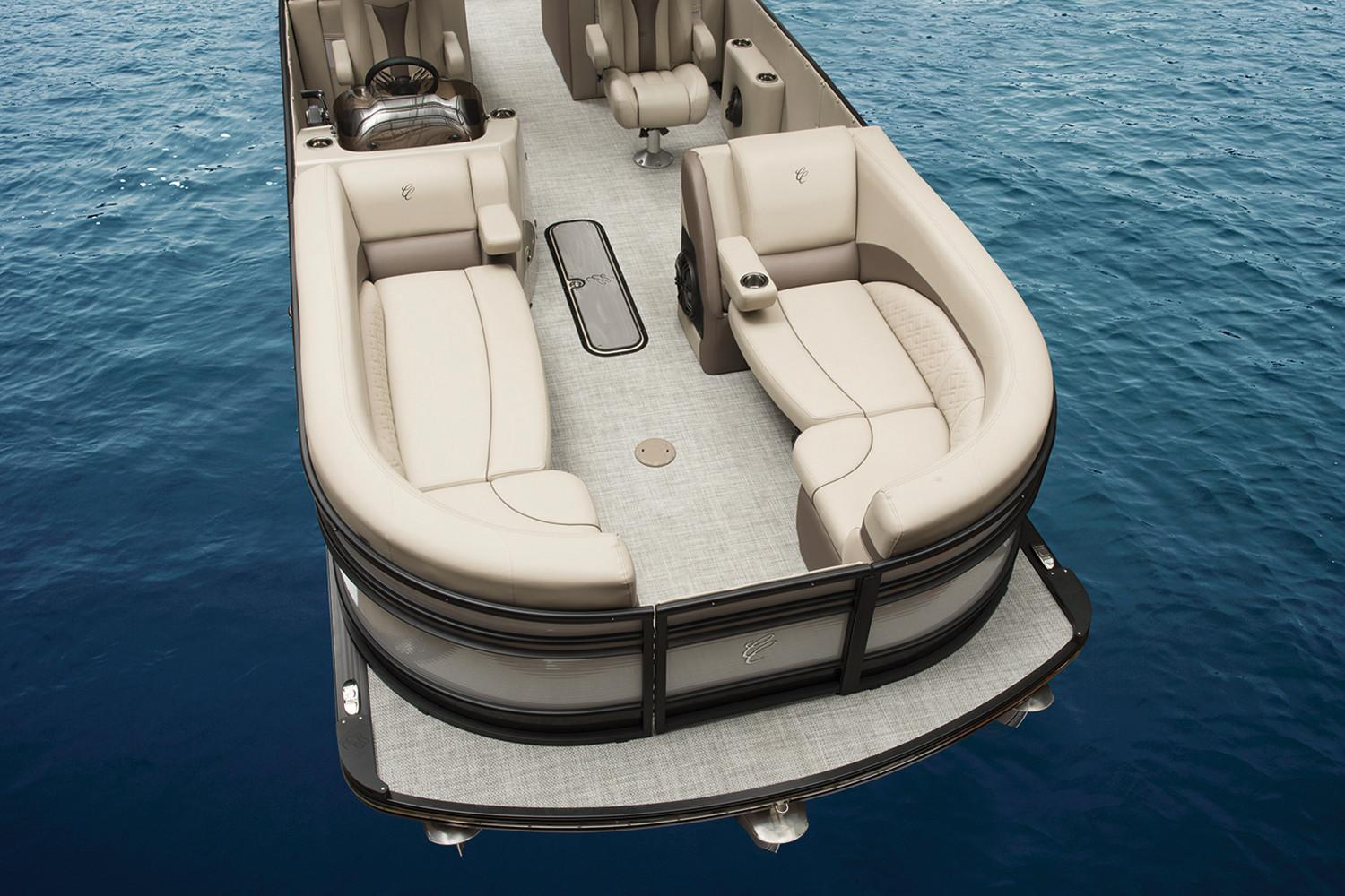2018 Cypress Cay Cayman LE 250 in Kaukauna, Wisconsin