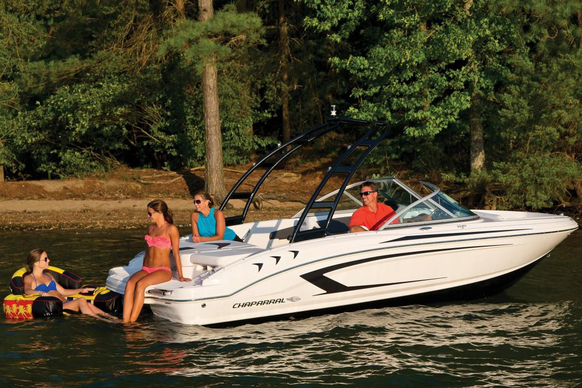 2015 Chaparral 19 H2O Sport in Round Lake, Illinois