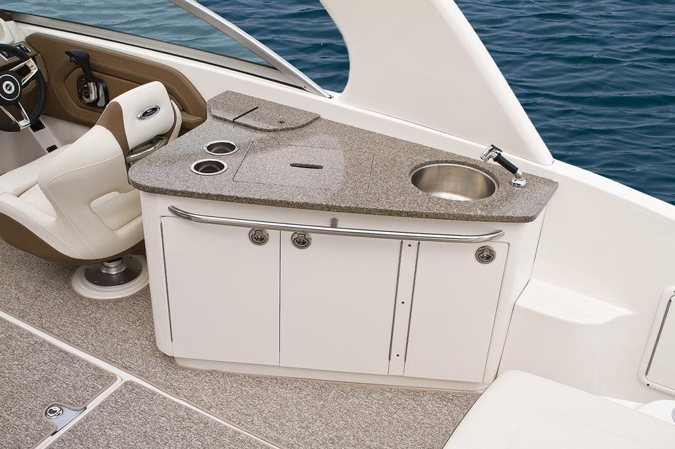 2015 Chaparral 264 Sunesta in Round Lake, Illinois