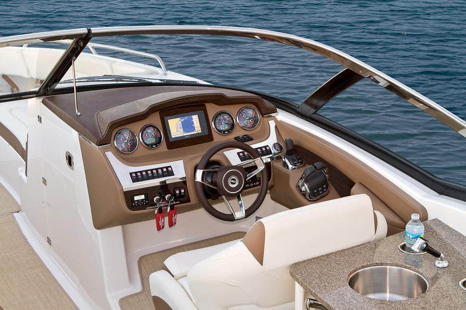 2015 Chaparral 307 SSX in Round Lake, Illinois