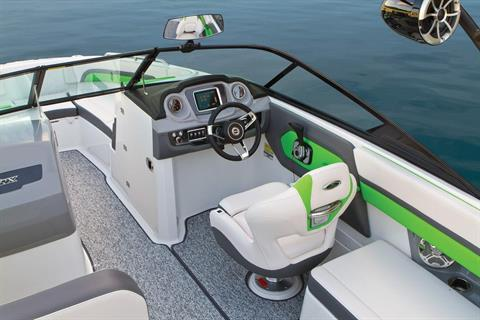 2016 Chaparral 243 Vortex VRX in Round Lake, Illinois