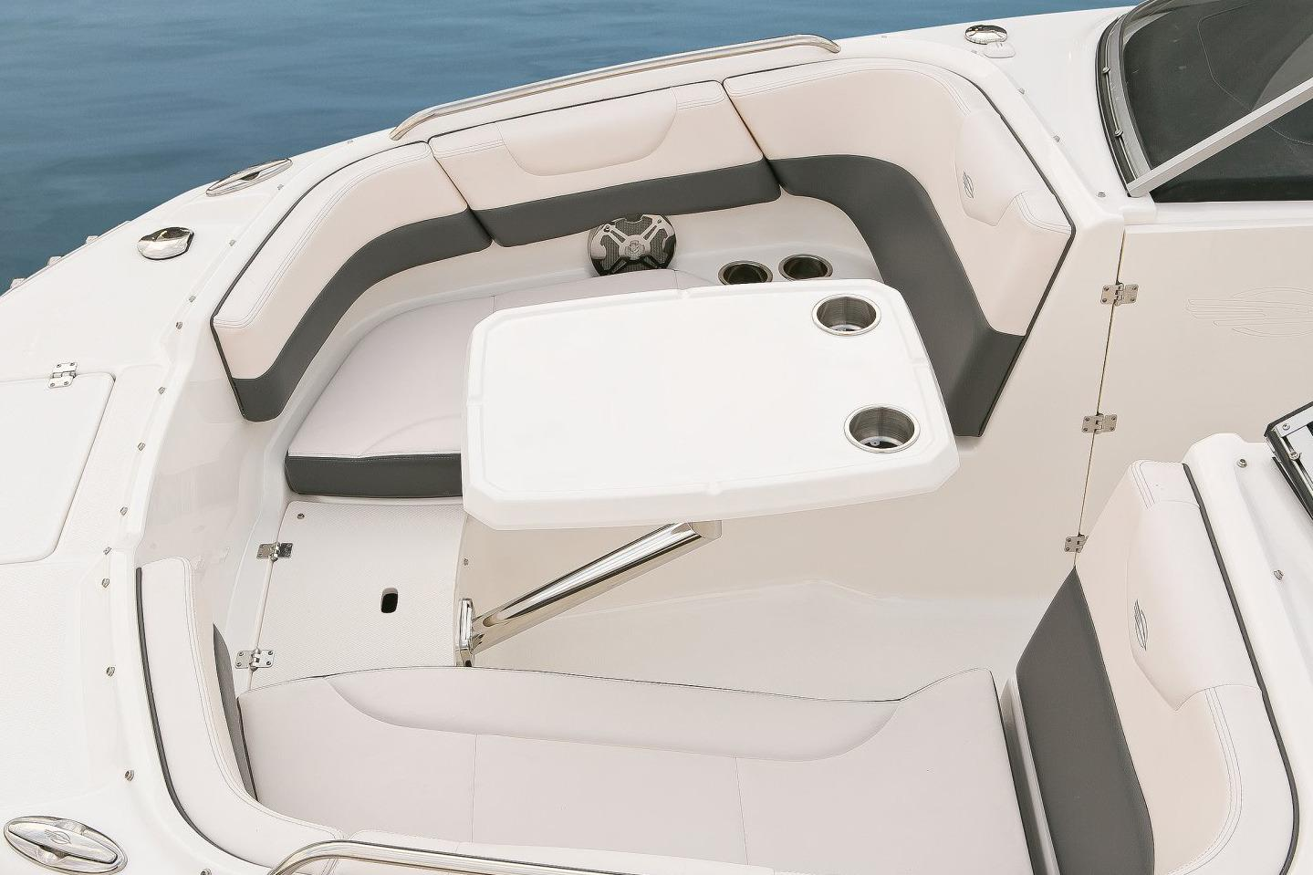 2016 Chaparral 230 Suncoast in Round Lake, Illinois