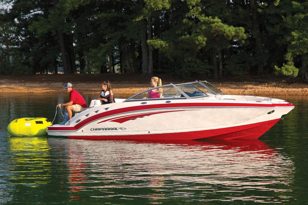 2017 Chaparral 224 Sunesta in Round Lake, Illinois