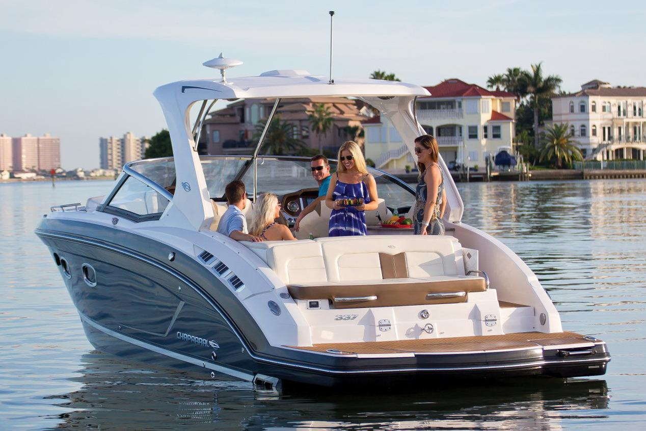 2017 Chaparral 337 SSX in Round Lake, Illinois