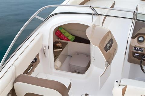 2017 Chaparral 250 Suncoast in Round Lake, Illinois