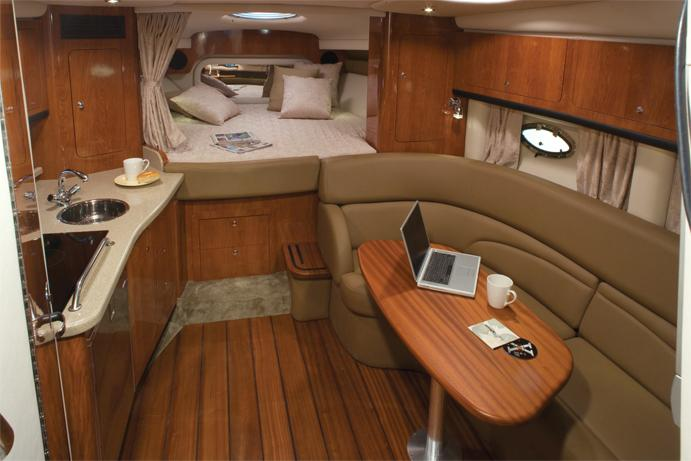 2015 Crownline 350 SY in Willis, Texas