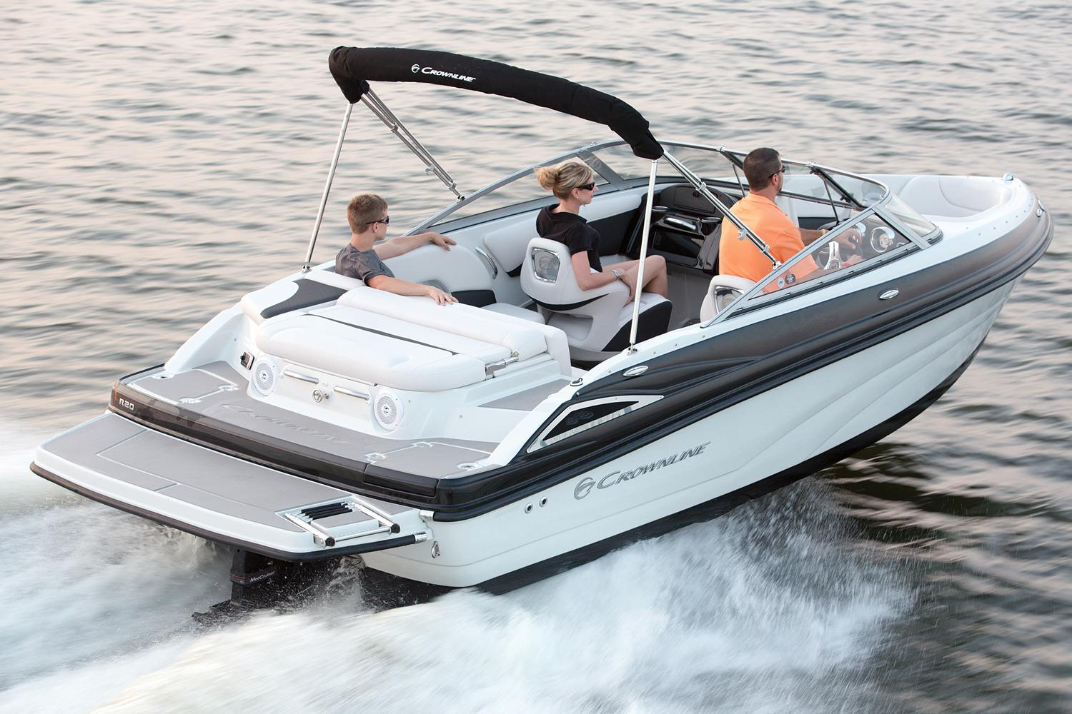 2016 Crownline R20 in Osage Beach, Missouri