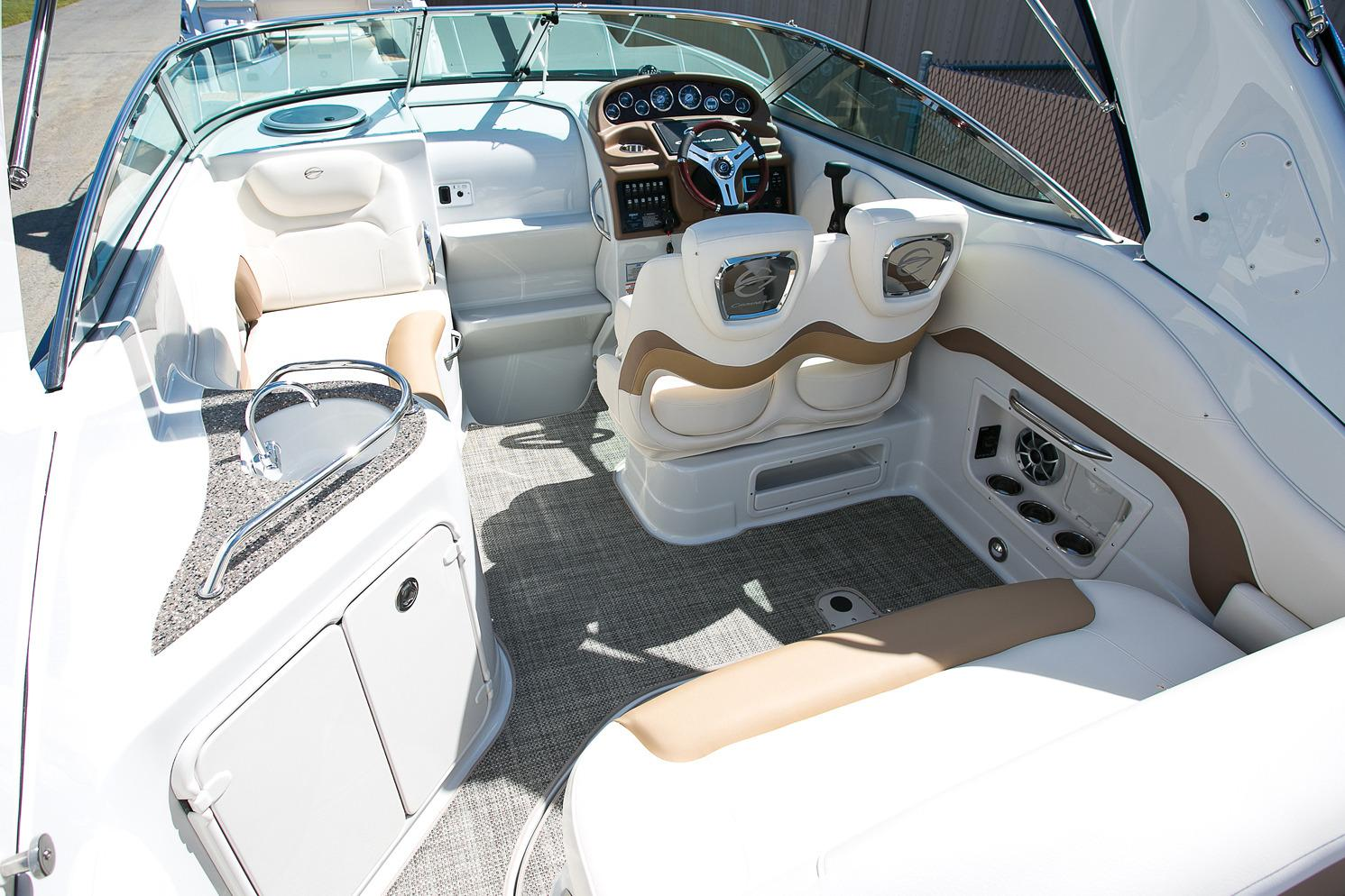 2016 Crownline 264 CR in Willis, Texas