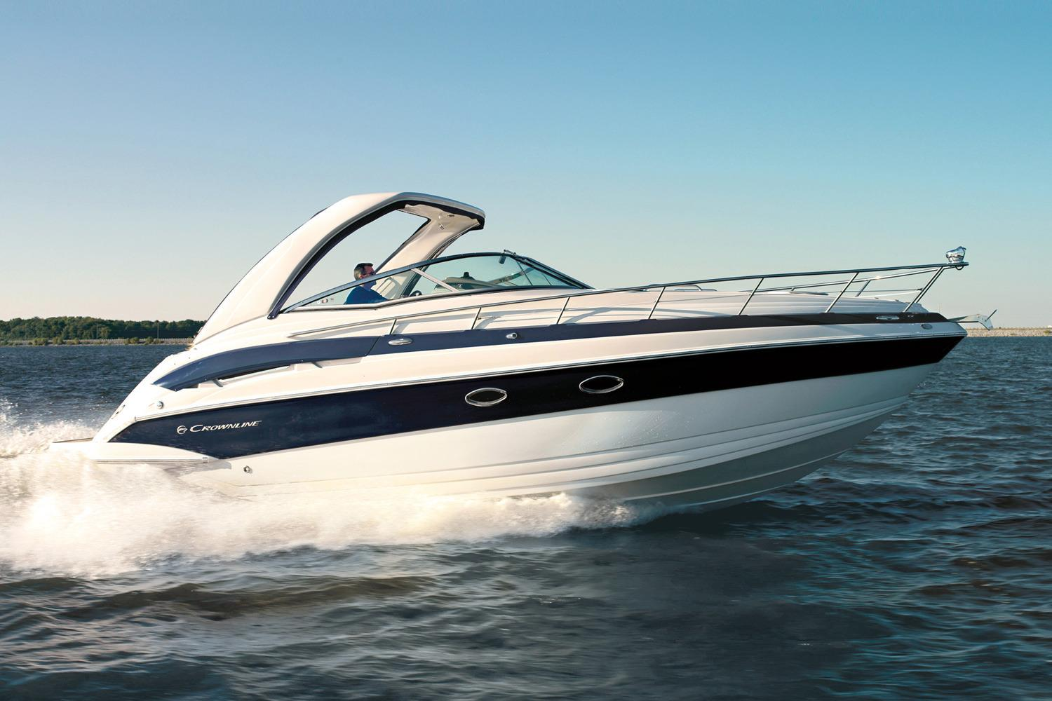 2016 Crownline 330 SY in Willis, Texas