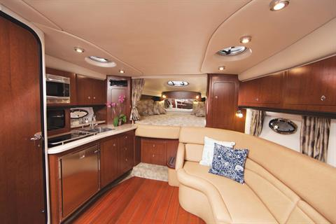 2016 Crownline 350 SY in Fort Smith, Arkansas