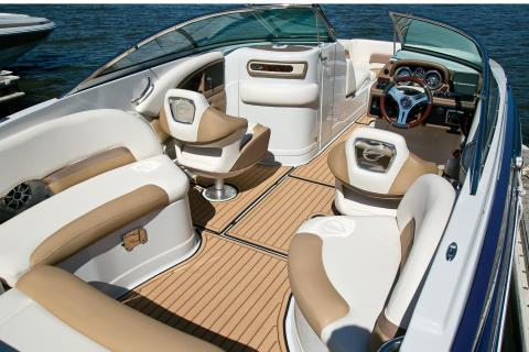 2016 Crownline Eclipse E4 XS in Osage Beach, Missouri