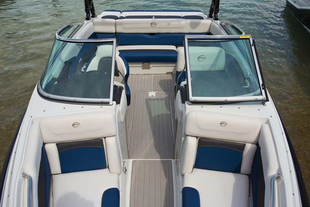 2017 Crownline 225 SS in Fort Smith, Arkansas