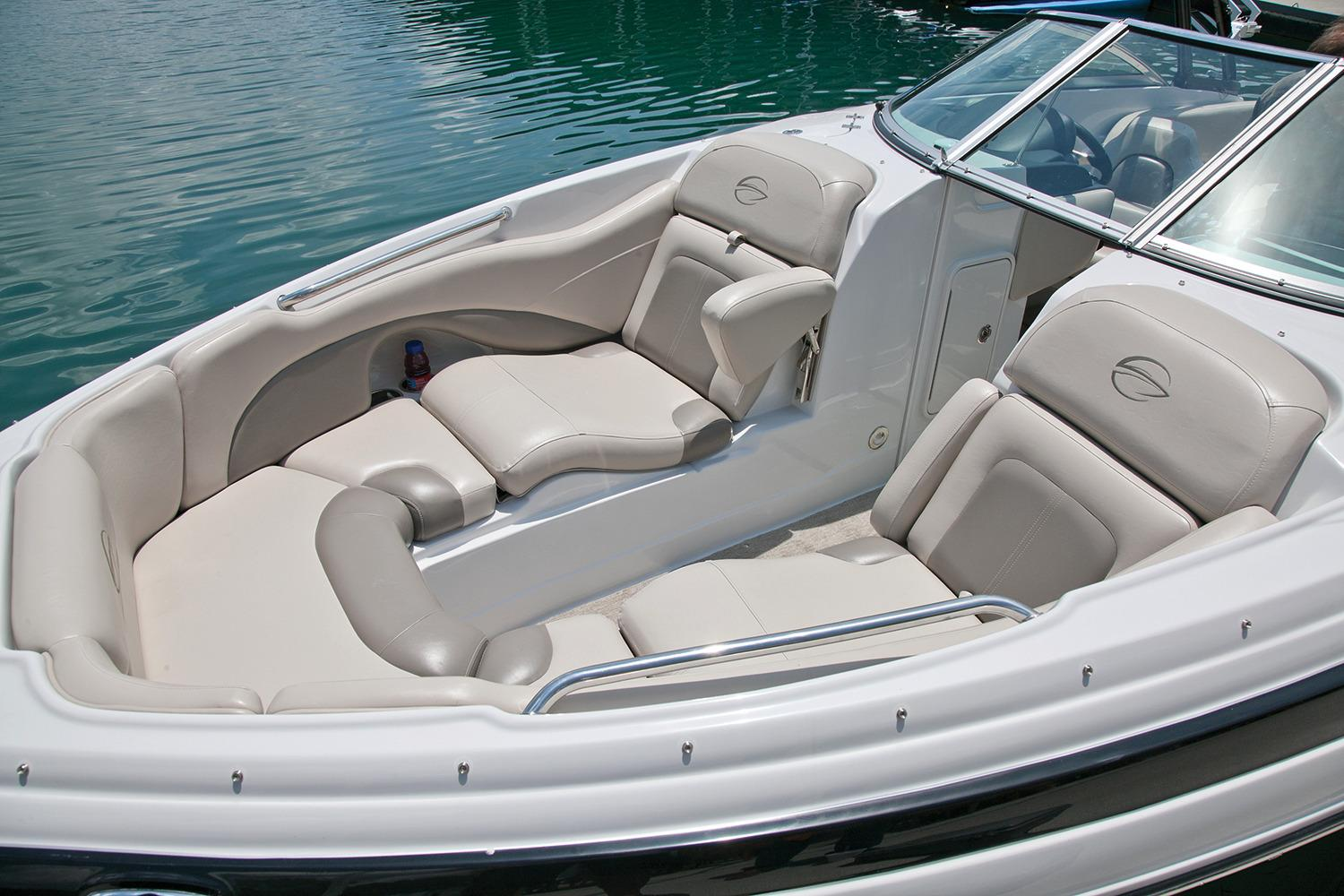 2017 Crownline 255 SS in Osage Beach, Missouri