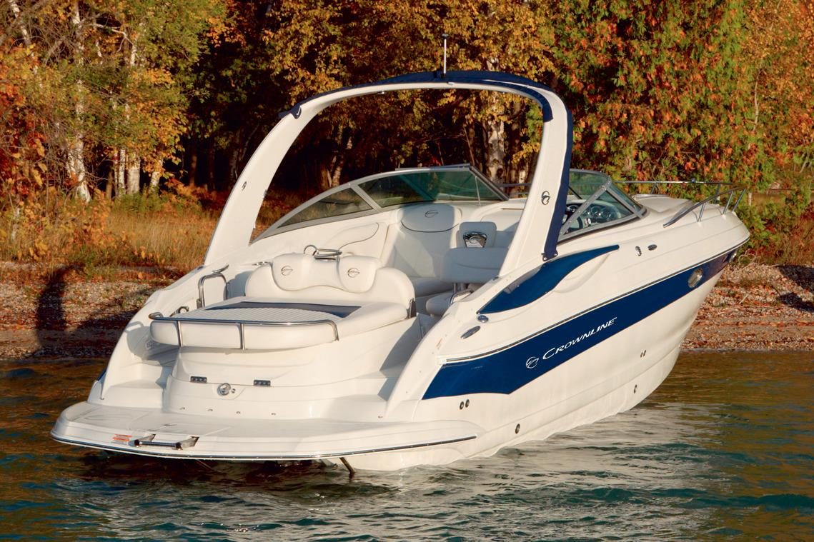 2017 Crownline 325 SCR in Fort Smith, Arkansas