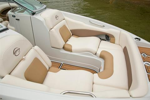 2017 Crownline Eclipse E4 in Osage Beach, Missouri