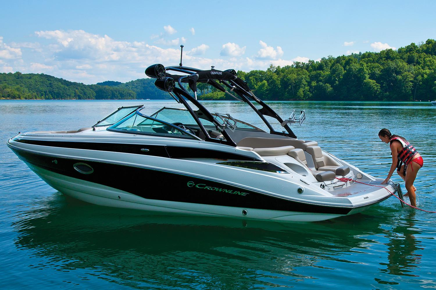2018 Crownline 255 SS in Osage Beach, Missouri