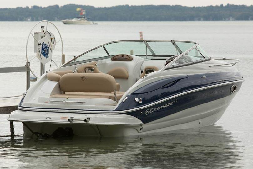 2018 Crownline 236 SC in Osage Beach, Missouri