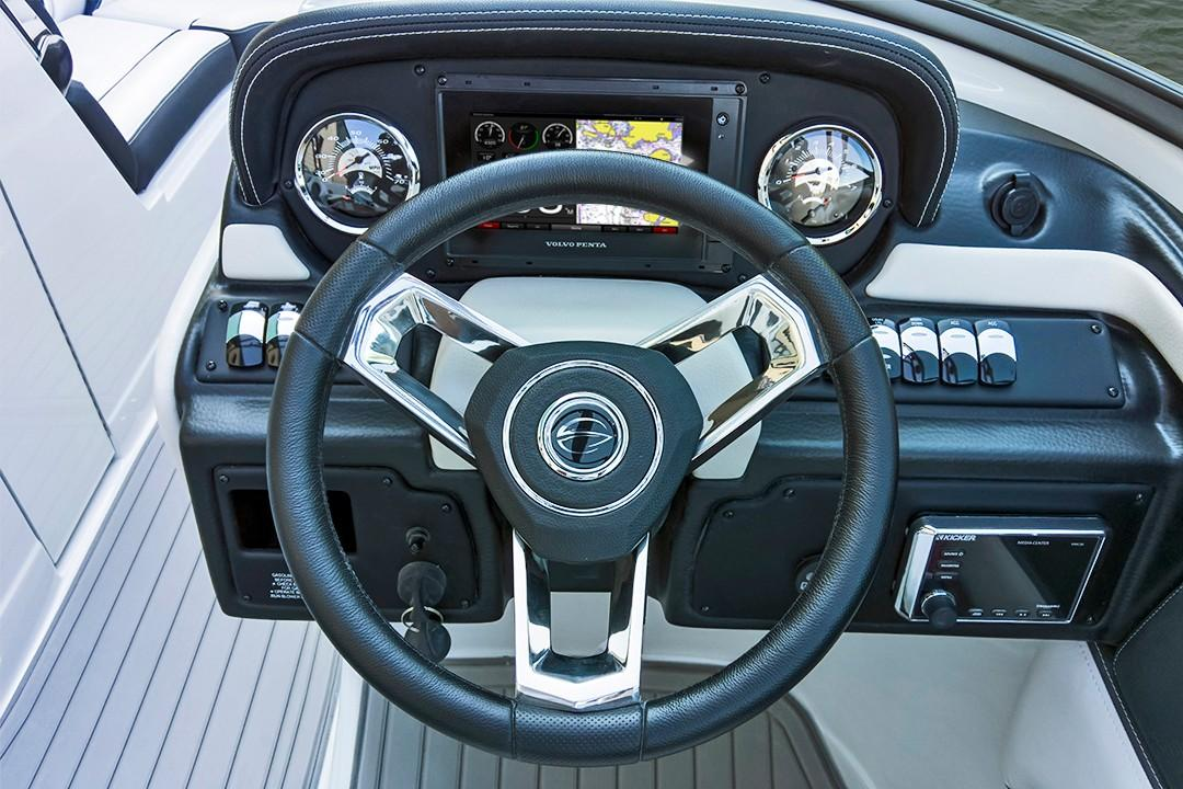 2019 Crownline Eclipse E235 Surf in Niceville, Florida
